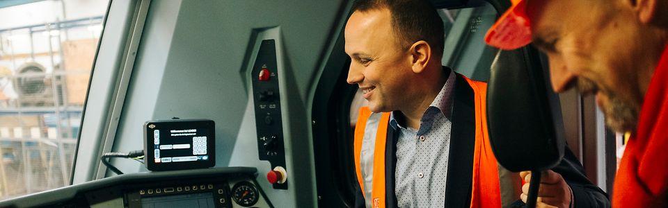 DB Cargo y Transfesa Logistics lanzan una formación gratuita y empleo indefinido para los españoles que quieran ser maquinistas en Alemania